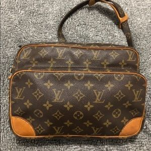 Vintage Louis Vuitton Trocadero Bag